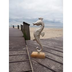 Seepferdchen auf Holzsockel