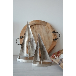 Segelboote aus Metall