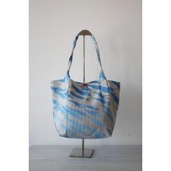 Handgefertigte Tasche mit Fischmotiv