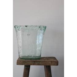 Vase aus 100% recyceltem Glas