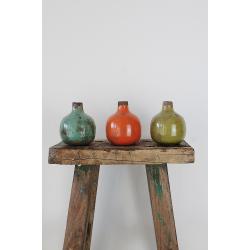 Kleine Vase in drei Farben